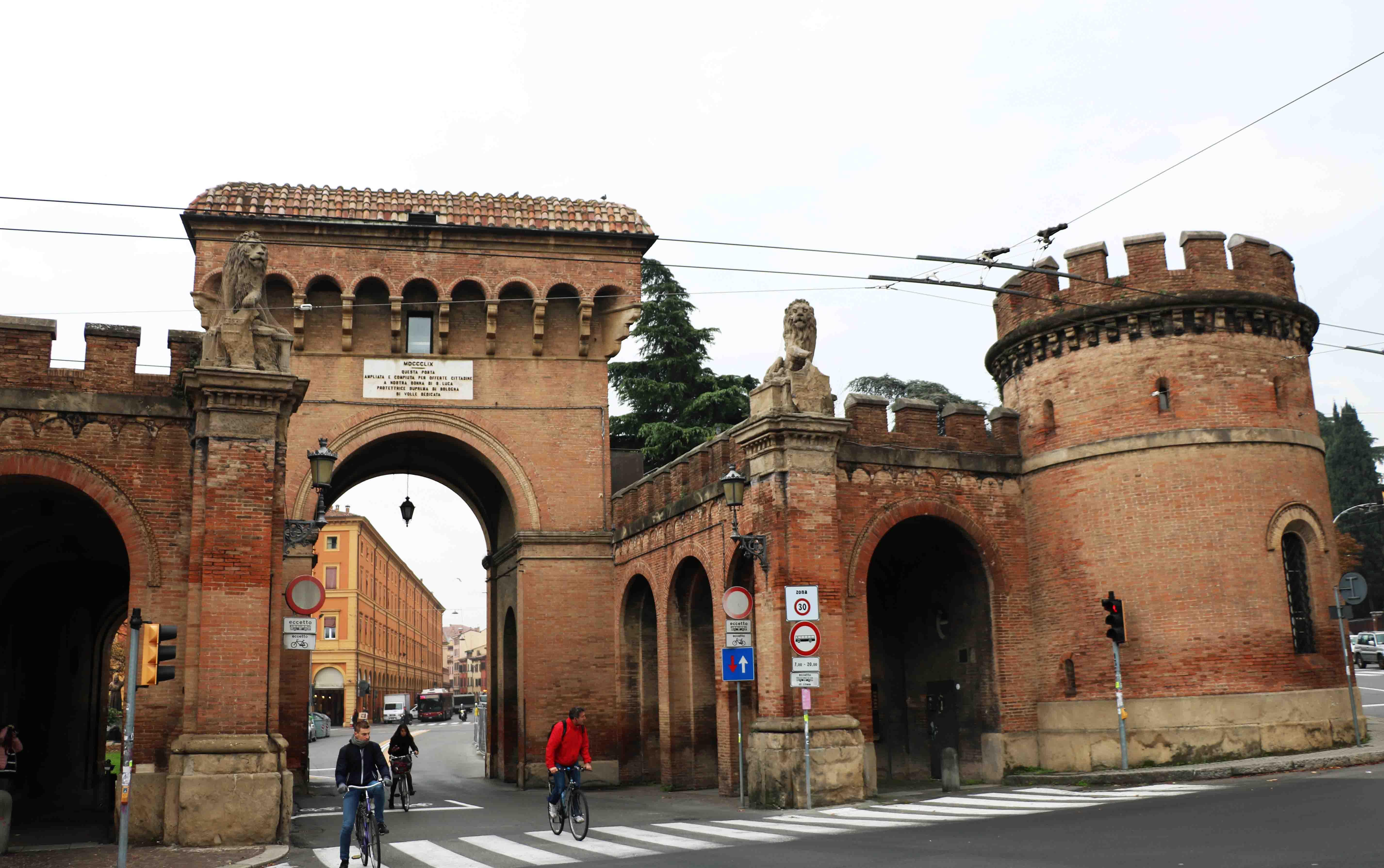 Le porte di bologna la doppia g - Porta san vitale bologna ...