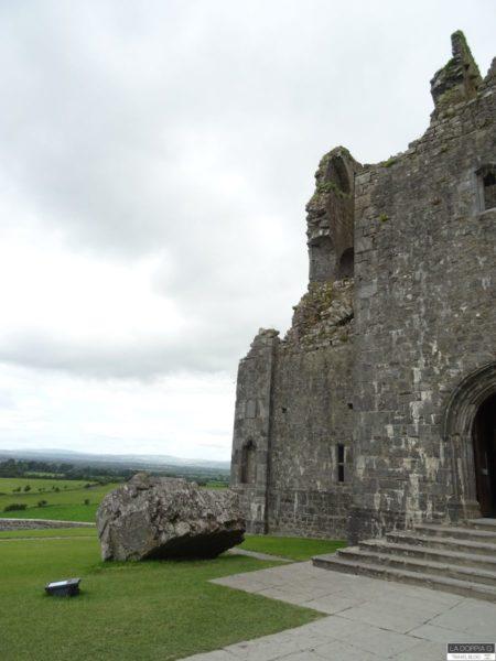 rock of cashel a tipperary in irlanda la fortezza dei re