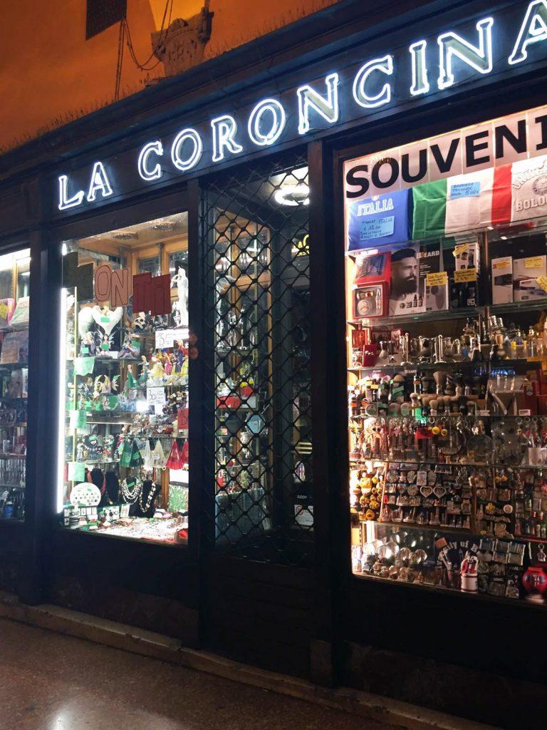 via indipendenza Bologna negozi