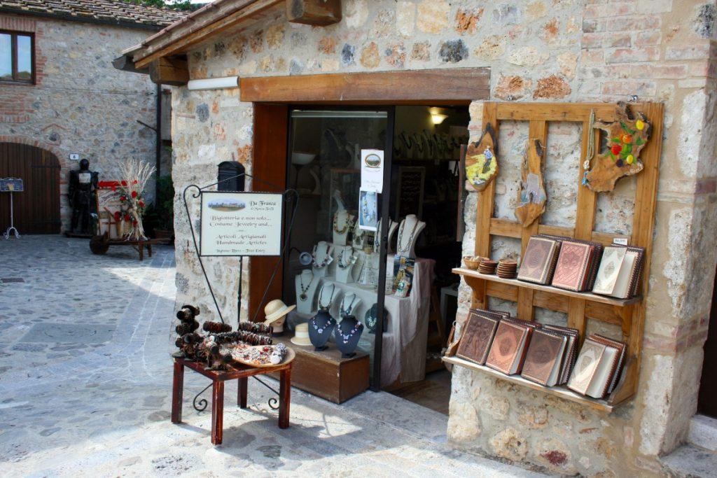 Monteriggioni centro