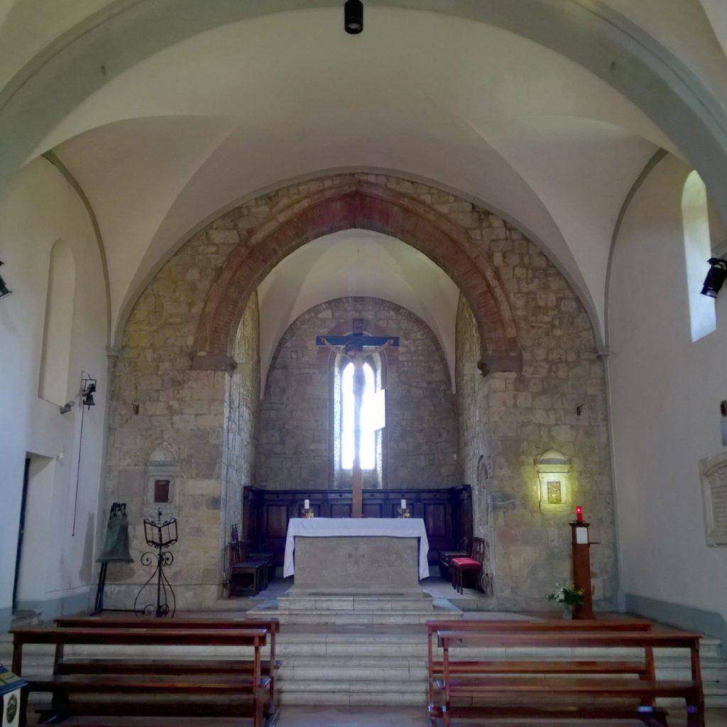 Monteriggioni chiesa