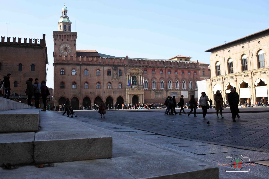 Bologna in un giorno: cosa vedere e dove mangiare