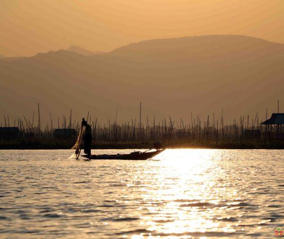 MYANMAR | LAGO INLE: cosa vedere tra pescatori e orti galleggianti