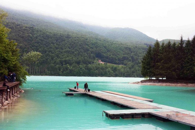 Lago di Barcis in Valcellina: una tappa tra le Dolomiti friulane