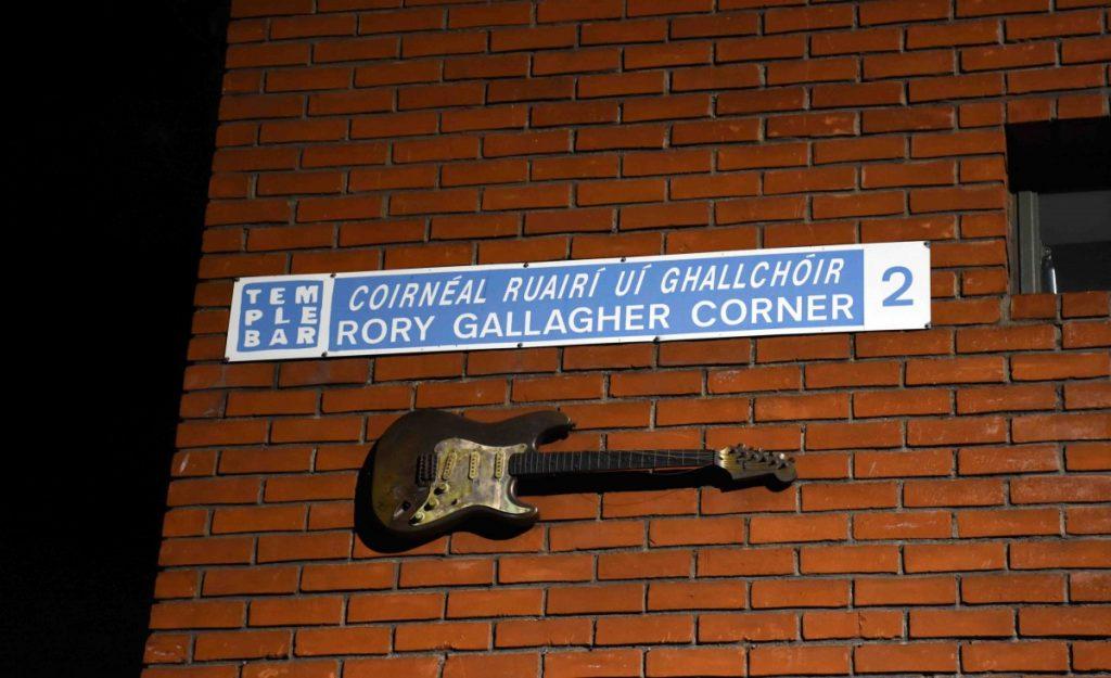dublino rory gallagher chitarra