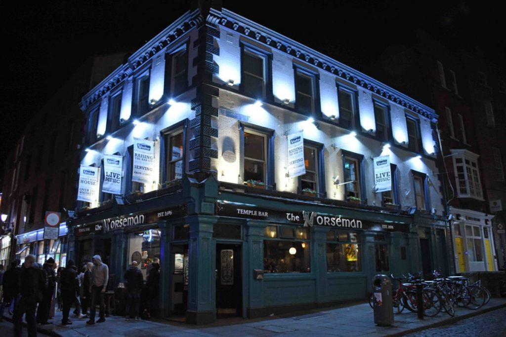 dublino esterno di the norseman pub in temple bar