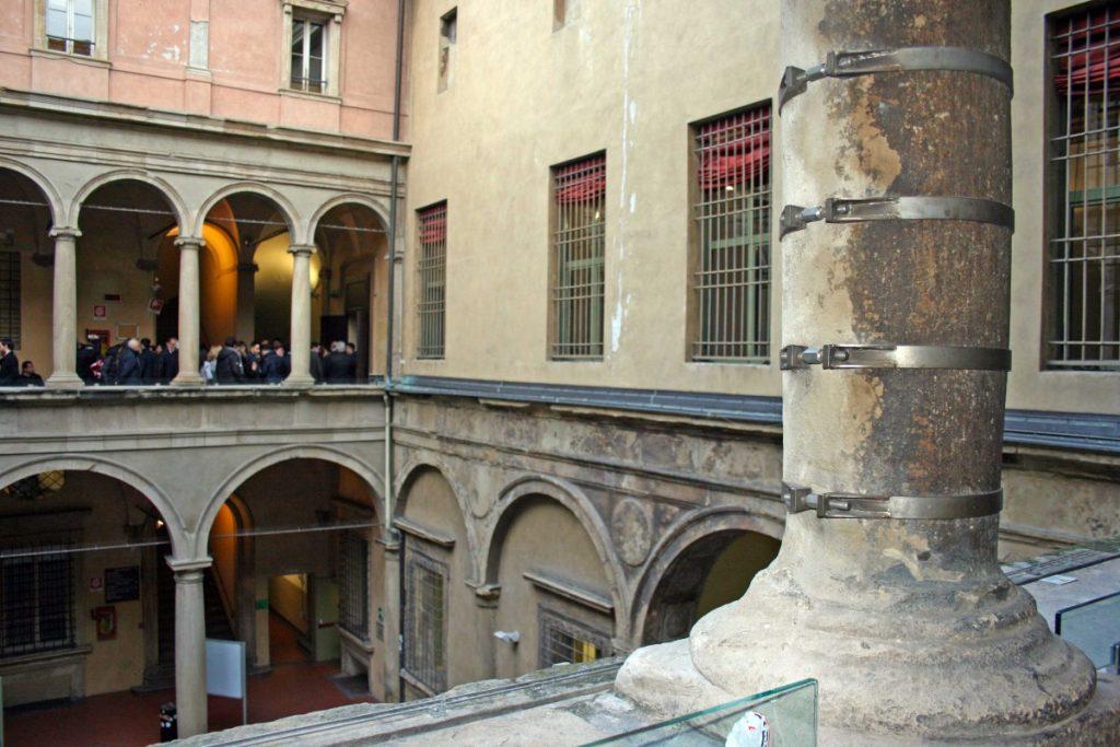 palazzo malvezzi bologna