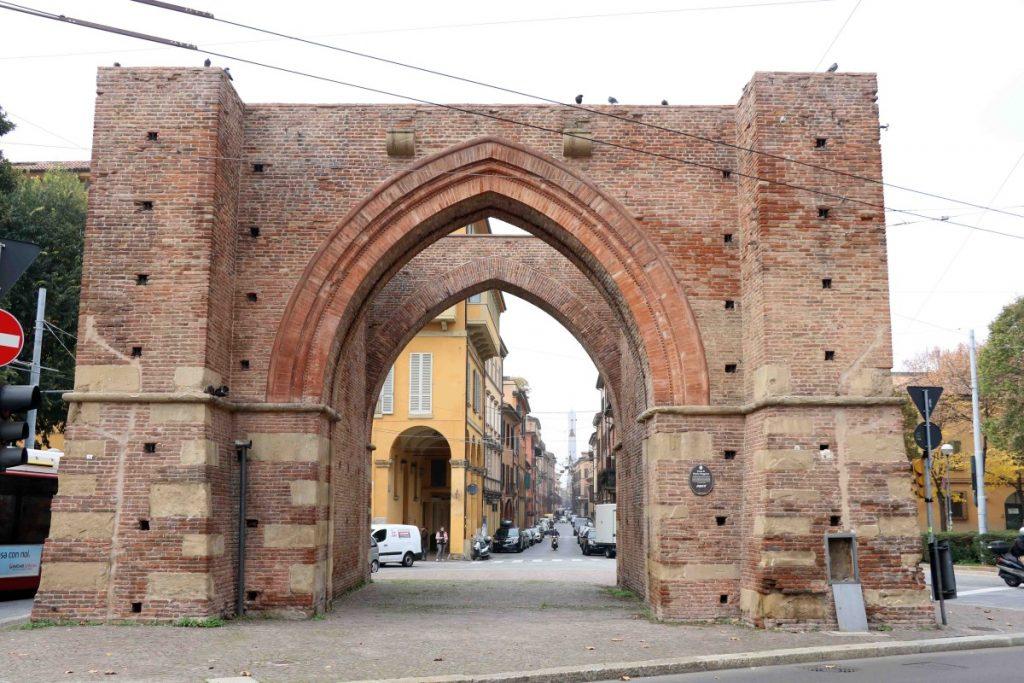 bologna porta mazzini