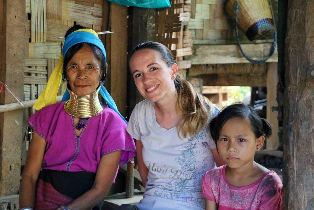 thailandia donne giraffa