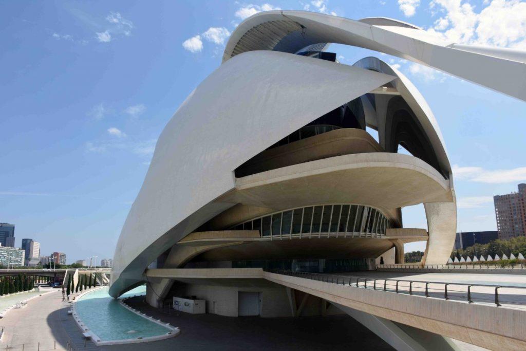 valencia palazzo della reina sofia nella citta delle arti e scienza