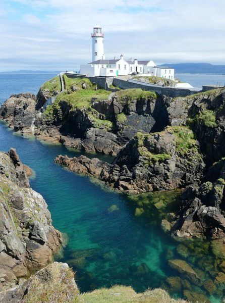 faro di fanad head nel donegal in irlanda